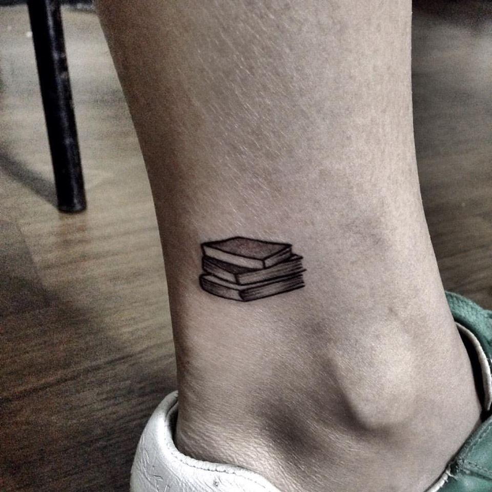 Book Inspired Tattoos Book Tattoos Book Tattoos Pictures Book Tattoos Pinterest Book Tattoos Tumblr Bookwor Book Tattoo Small Book Tattoo Bookworm Tattoo