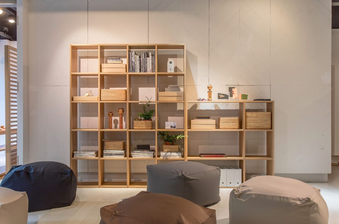 inside muji s pop up apartment in london s covent garden traditional japanese house muji on kitchen organization japanese id=84422
