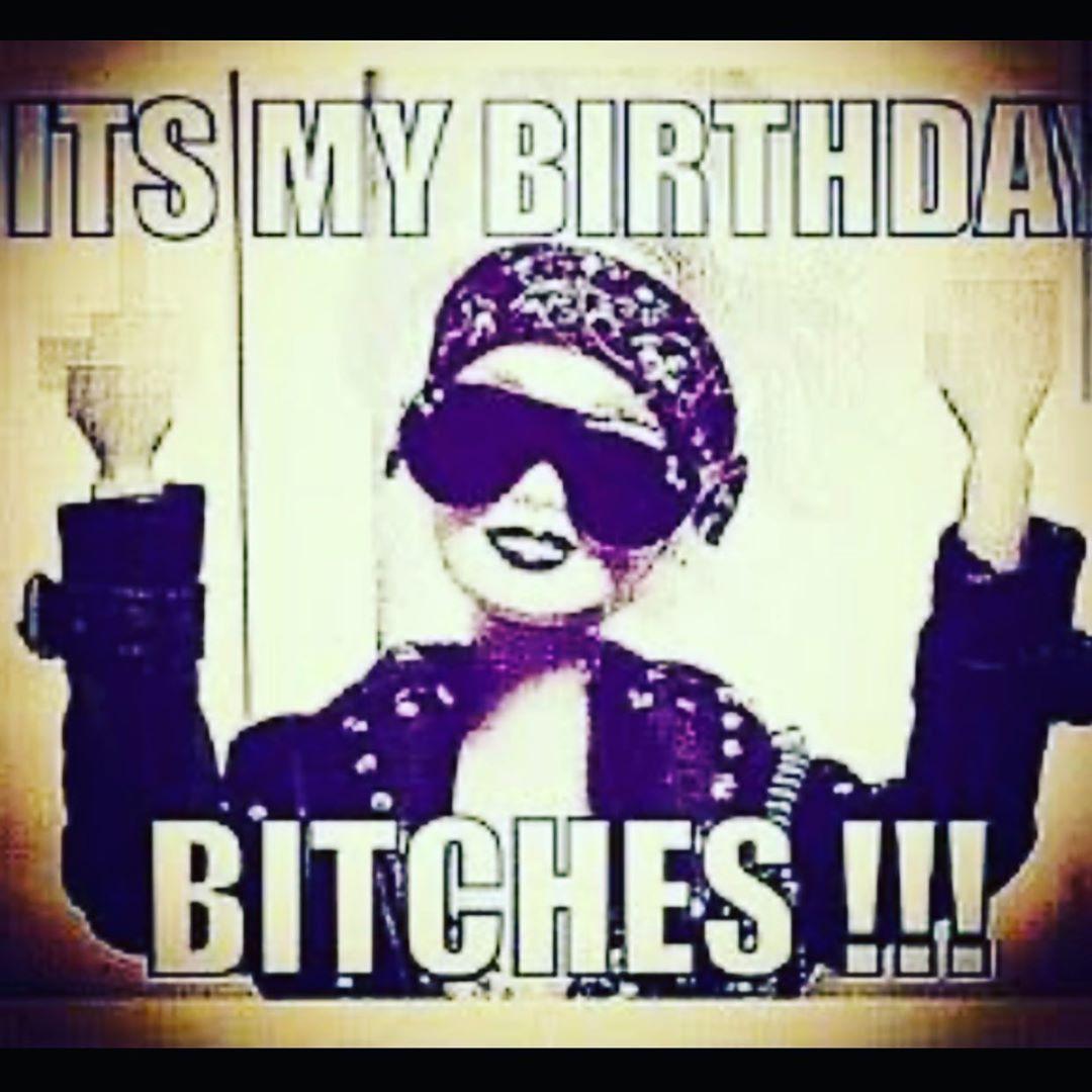 ITS MY BIRTHDAY khloekardashian kimkardashian