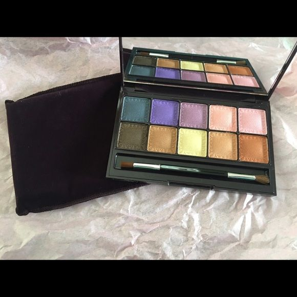 By Terry eye Designer Palette color design 2 By Terry eye Designer Palette, Brand New in box, Authentic, 2. Color Design, includes 10 beautiful shadows for any sign tone. You can use this palette wet or dry. Has codes as well. Top of the line makeup.  No lowball offers will be accepted or trades. By Terry Makeup Blush