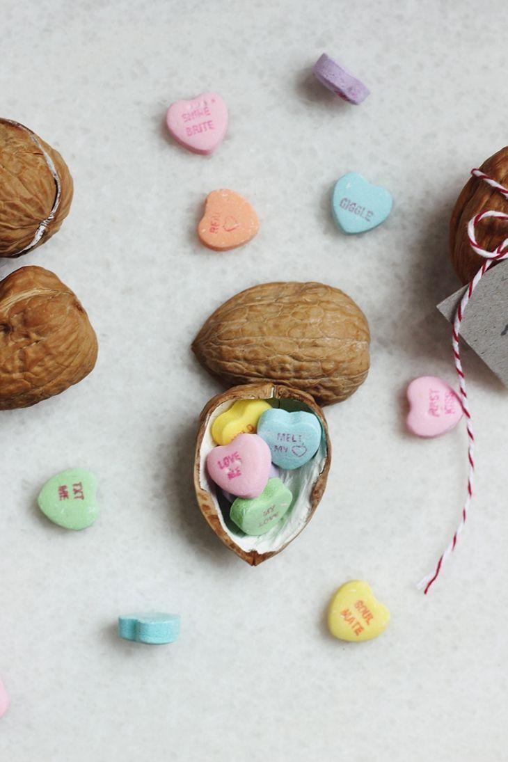 25 DIY Valentine Gifts For Boyfriend He Will Adore - Wohh Wedding ,  #Adore #Boyfriend #Diy #gifts #Valentine     Il giornata nato da San Valentino è cauto una delle mie occasioni preferite a motivo di condividere a proposito di la mia casato e amici particolari, specialmente attraverso spartire insieme i miei figli. Sta cuocendo quelle torte, dolci e biscotti e sta facendo quandanche delle belle carte nat... #Adore #Boyfriend #DIY #Gifts #San Valentino photography #Valentine #Wedding #Wohh