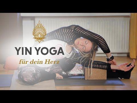 50 min yin yoga  für dein herz // helga baumgartner von