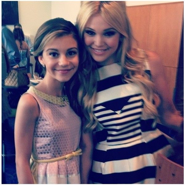 G hannelius ❤ liked on Polyvore featuring friends/family