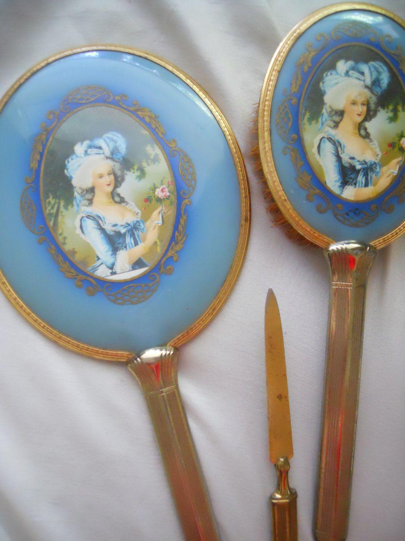 Best Antique Marie Antoinette French Vanity Set Antique 400 x 300