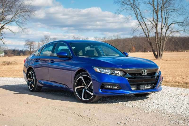 2020 Honda Accord 2 0t Sport Review A Family Sedan For Enthusiasts In 2020 Honda Accord Sport Honda Accord Accord Sport