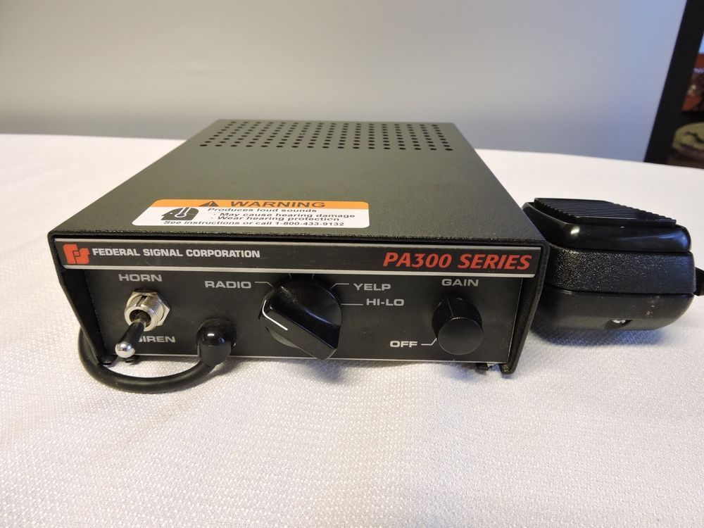 Federal Signal Corp Pa300 Series Electronic Siren Control Box Model 690000 Lights And Sirens Sirens Emergency Vehicles