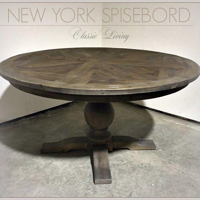 Nå har vi noen lekre runde spisebord på lager i fargen rustic. str ...
