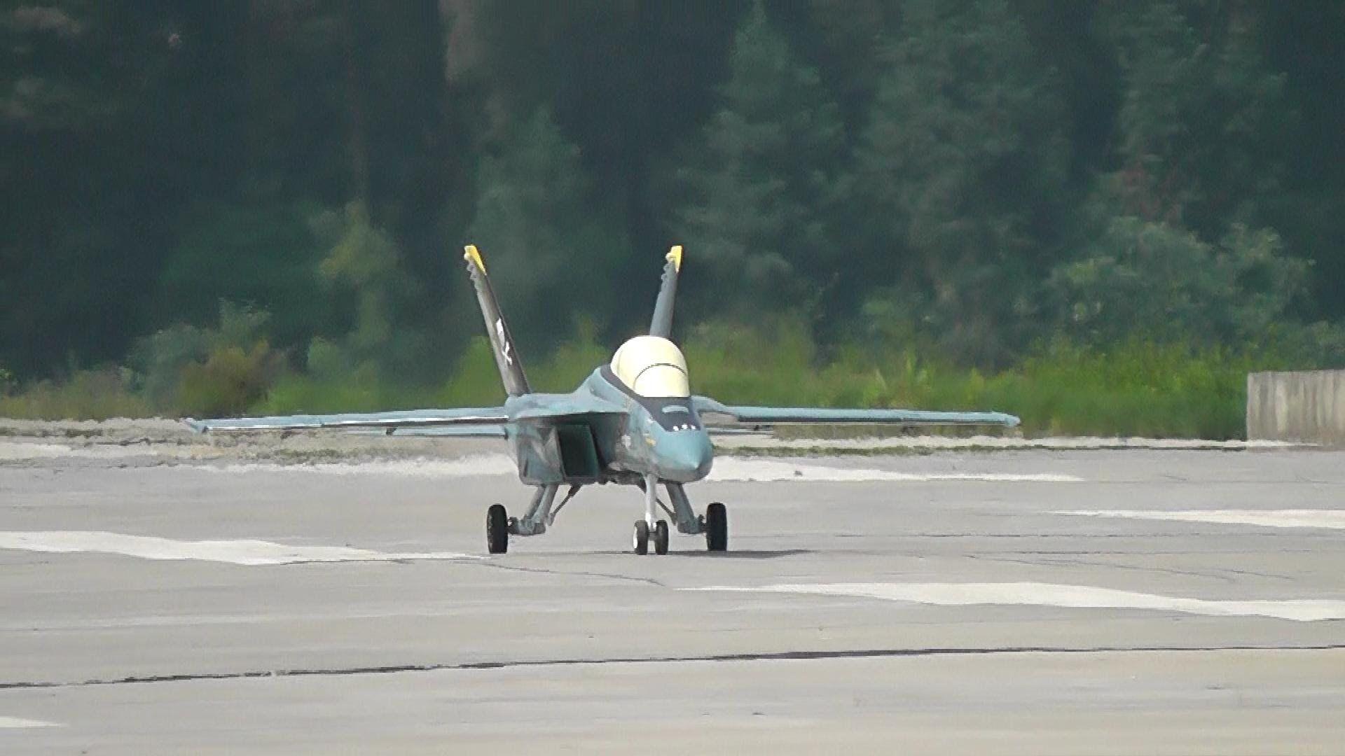 RC Jet F 18 Super Hornet Gas Turbine Jet Flight and Crash