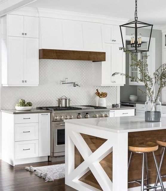 33 Modern Style Cozy Wooden Kitchen Design Ideas: Darlana Small Lantern In 2020