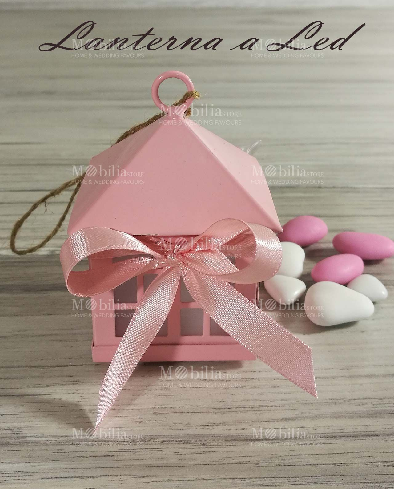 Lanterna bomboniera battesimo rosa realizzata in metallo for Mobilia giardini naxos