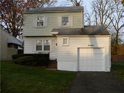$285,000, 3 bedroom, 16 Southern Ter  Montclair, NJ 07042