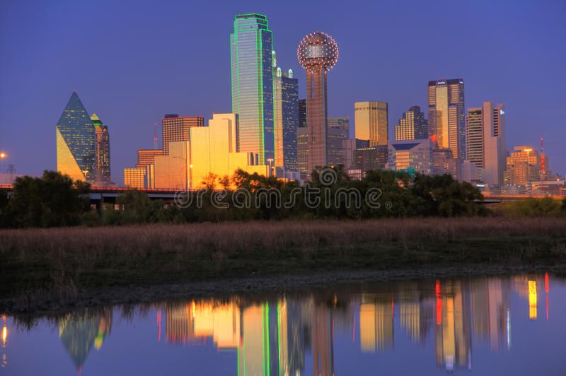 Dallas Tx Skyline At Dusk Dallas With A Population Of 1 279 910