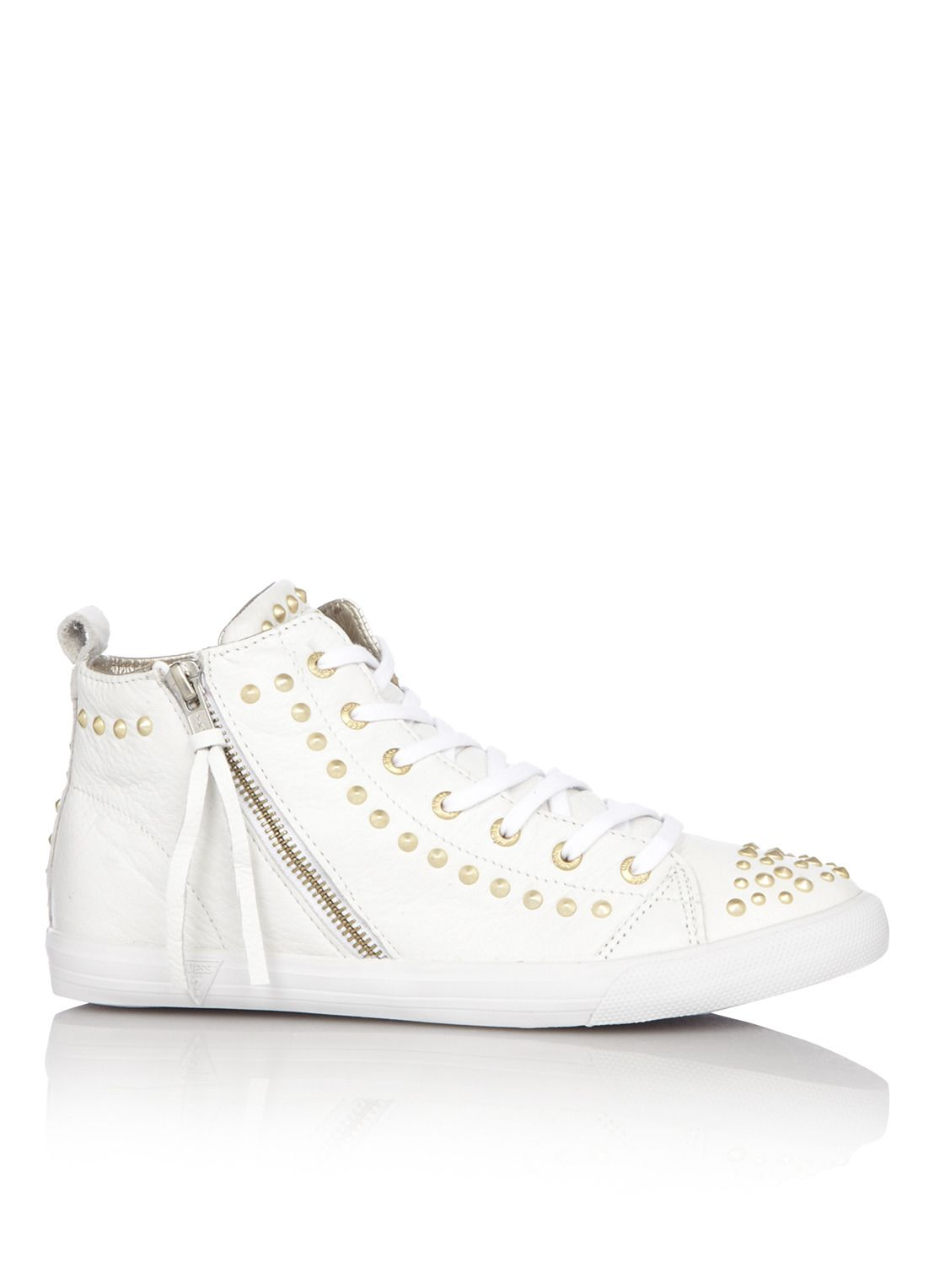 Guess Sneaker van leer met studs (With images) | Sneakers ...