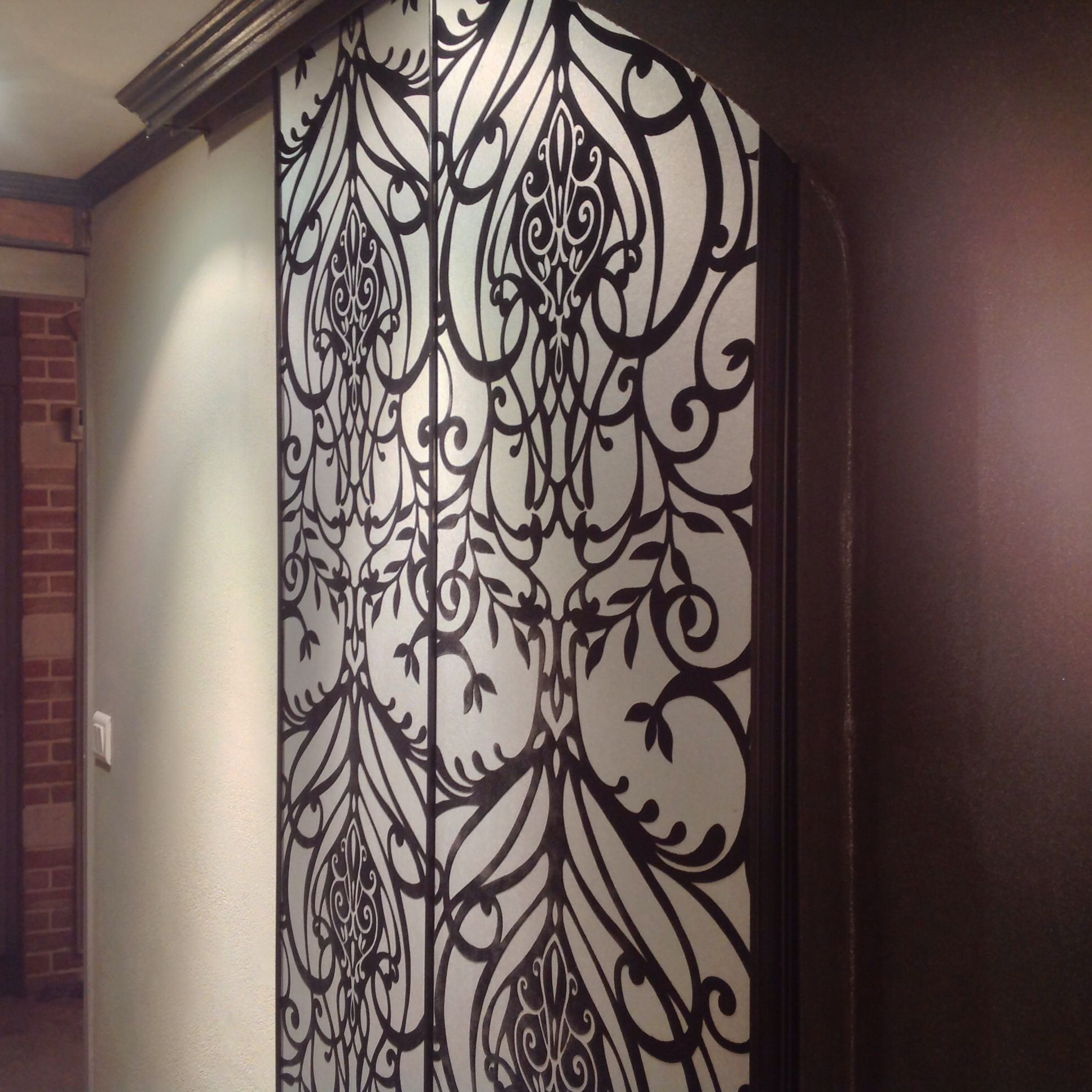 relooker des portes de placard mes photos et mes. Black Bedroom Furniture Sets. Home Design Ideas