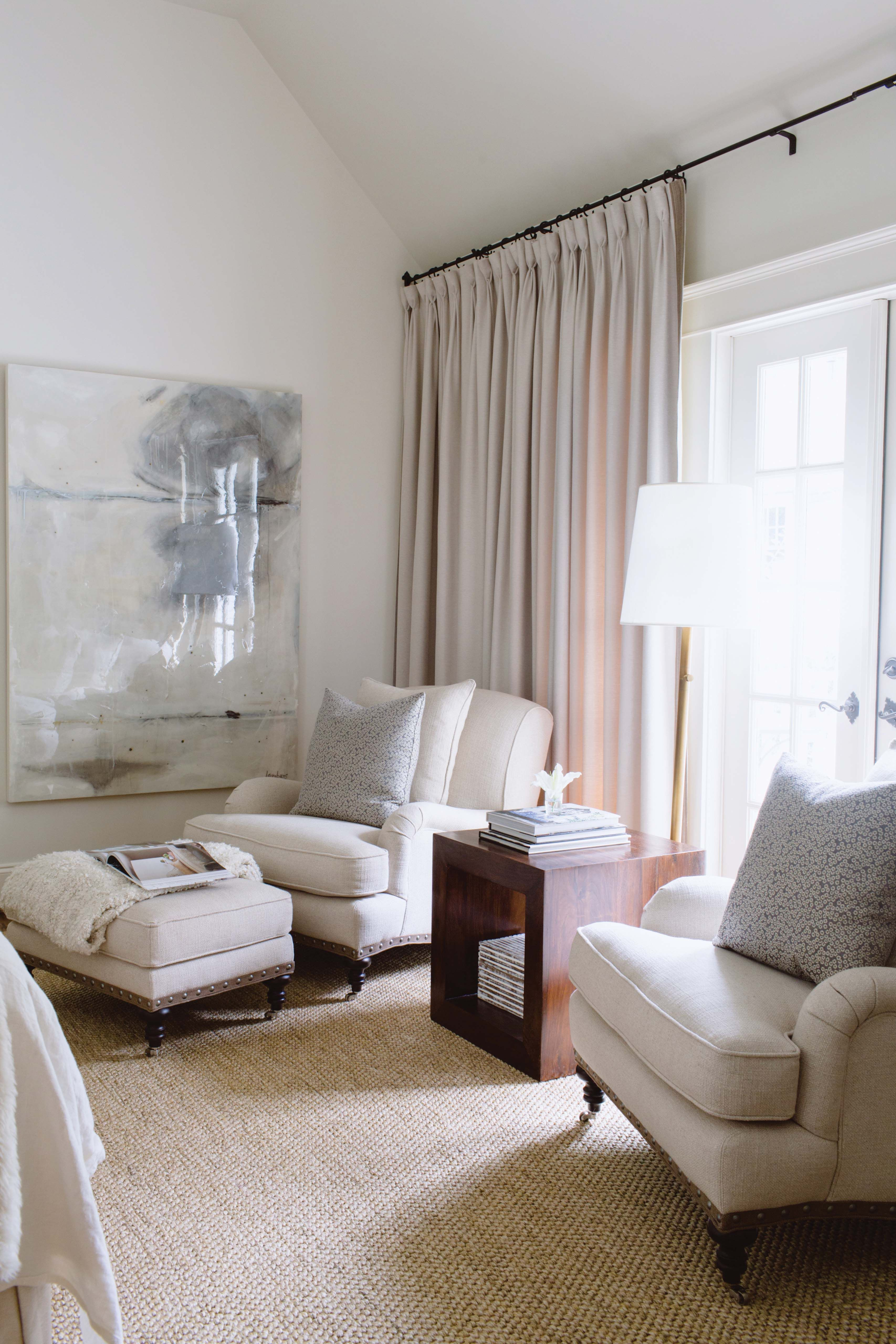 All White Apartment Bedroom Sitting Area Bedrooms Pinterest Bedroom With