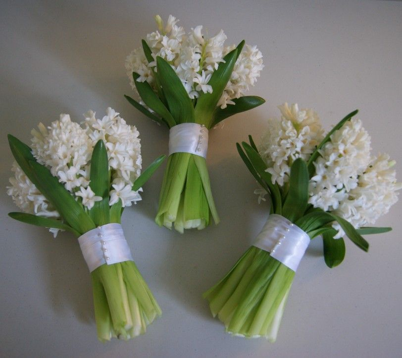 Simple Flower Bouquets For Weddings: White Hyacinth Wedding Bouquets