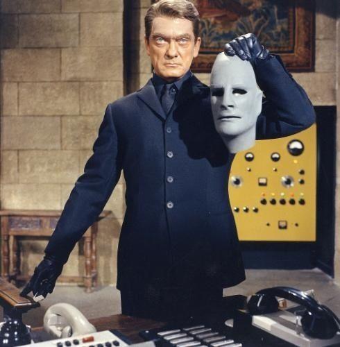 Jean Marais dans le role de fantomas 1965 fantomas se dechaine