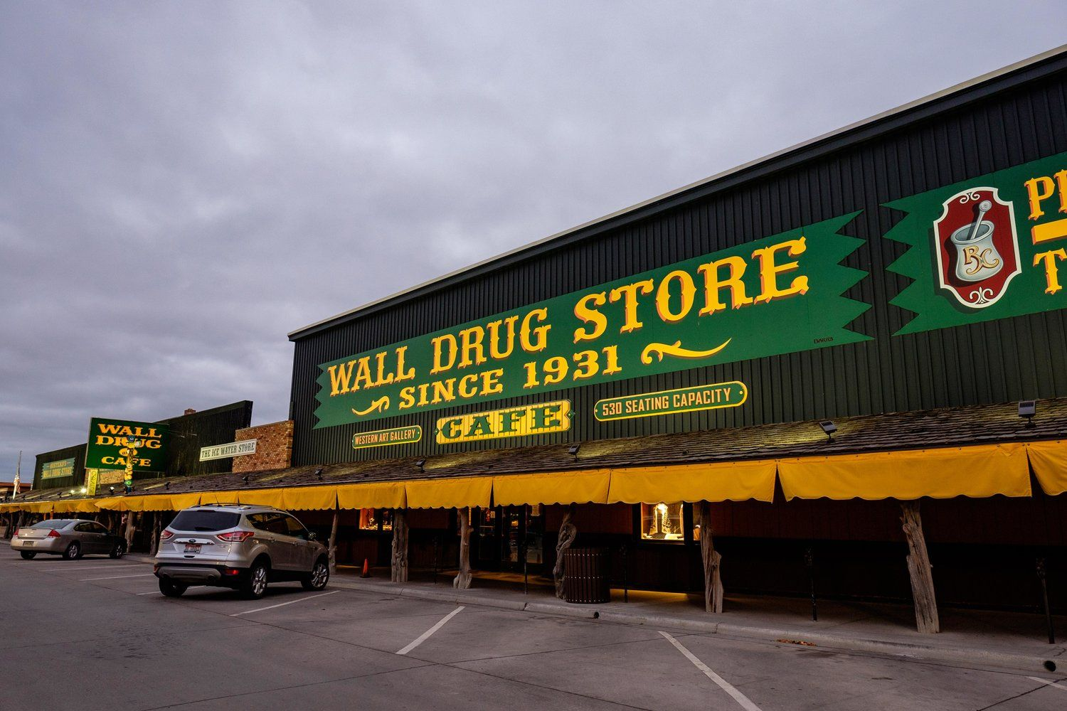 wall drug the legend wall drug south dakota travel on wall drug south dakota id=73242