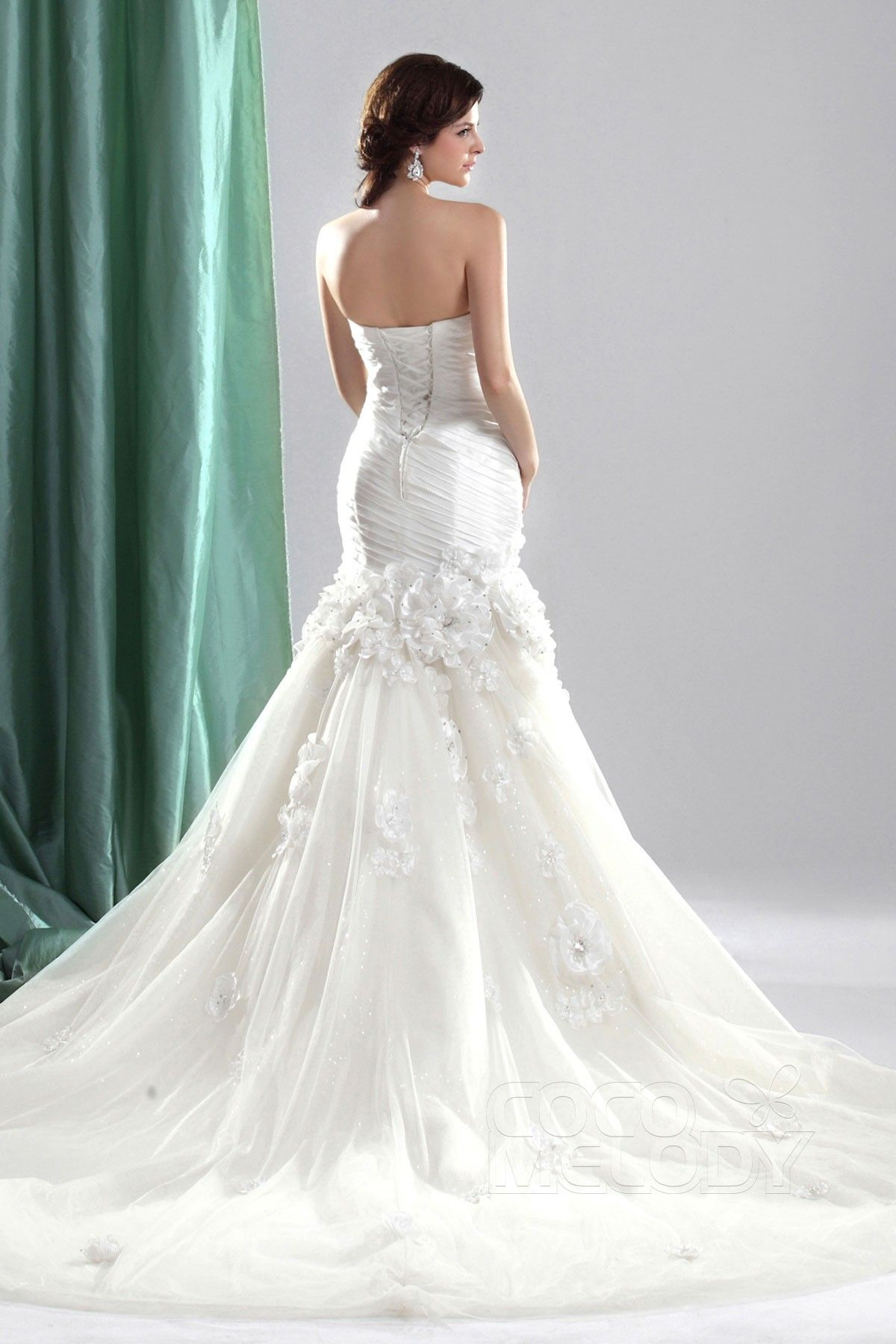 Casual trumpetmermaid strapless chapel train tulle fit
