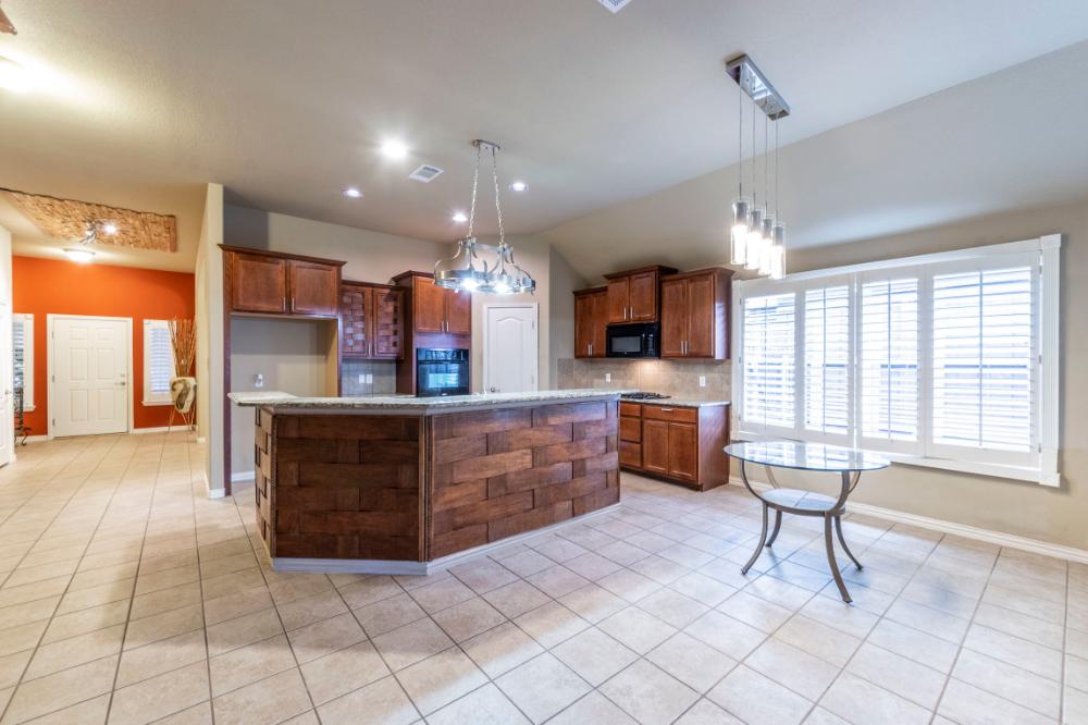 Sell Property 5119 Welara Drive Grand Prairie Tx Listingspark Selling Your House House Home