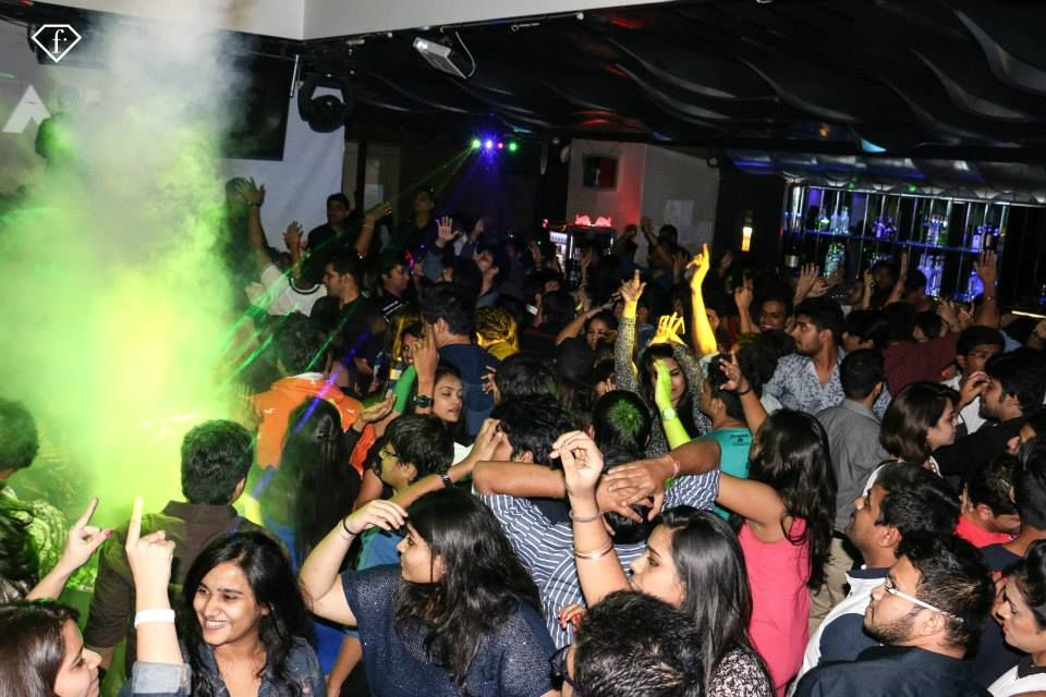 dating clubs in mumbai Let menkarta allow you to look for the most appropriate gay dating in mumbai even though you keep in mumbai our wide gay meeting places catalog is getting bigger just about every single day thanks to consumers like you.