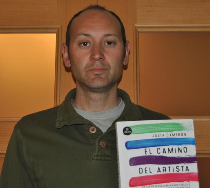 Foto De Eugenio Carmona Juárez Del C A De Tortosa Libro El Camino Del Artista Autora Julia Cameron Fotos Artistas Autor