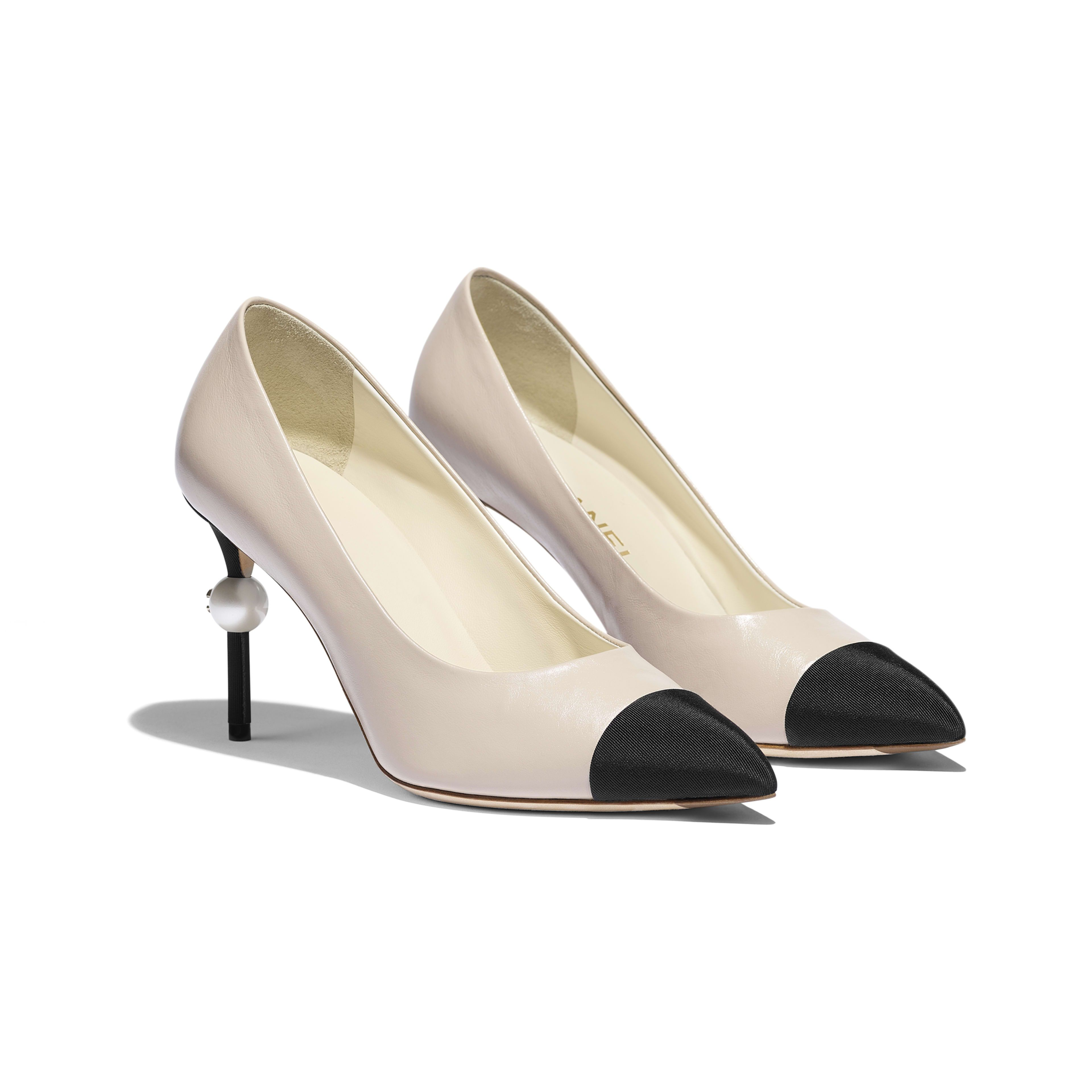 Fashion shoes, Chanel shoes