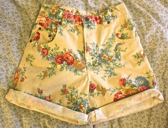90s High-waisted Shorts by resdohaze on Etsy