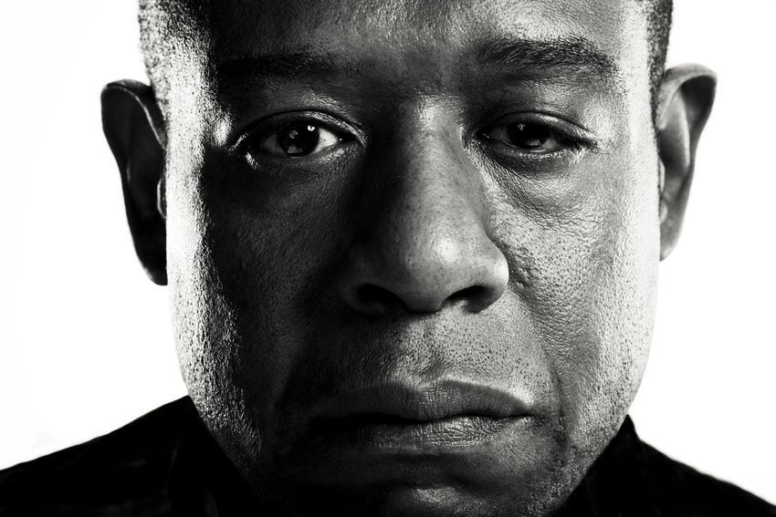 Forest Whitaker By Michael Muller Love The Stark Black And White Closeup Portrait Never Really Ge Celebrity Photography Forest Whitaker Celebrity Portraits