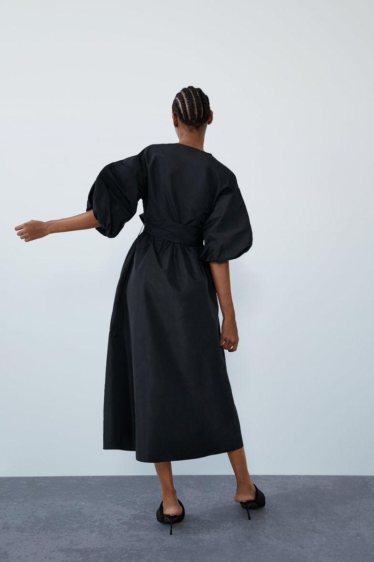 simple black dress in 2020 | Midikleider, Schwarzes kleid