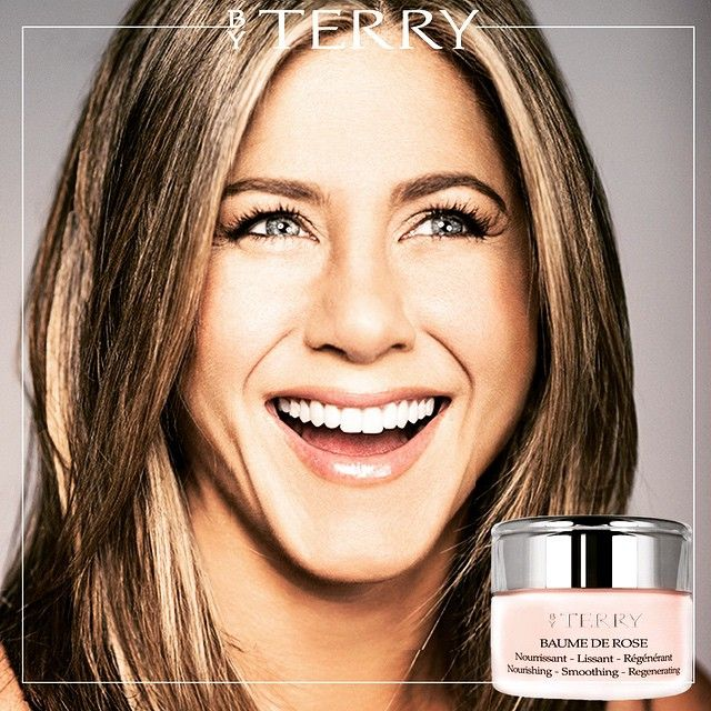 """Jennifer Aniston never leaves her BAUME de ROSE when she takes the plane ! And you ? #byterryofficial #baumederose #travel #love #jenniferanniston…"""