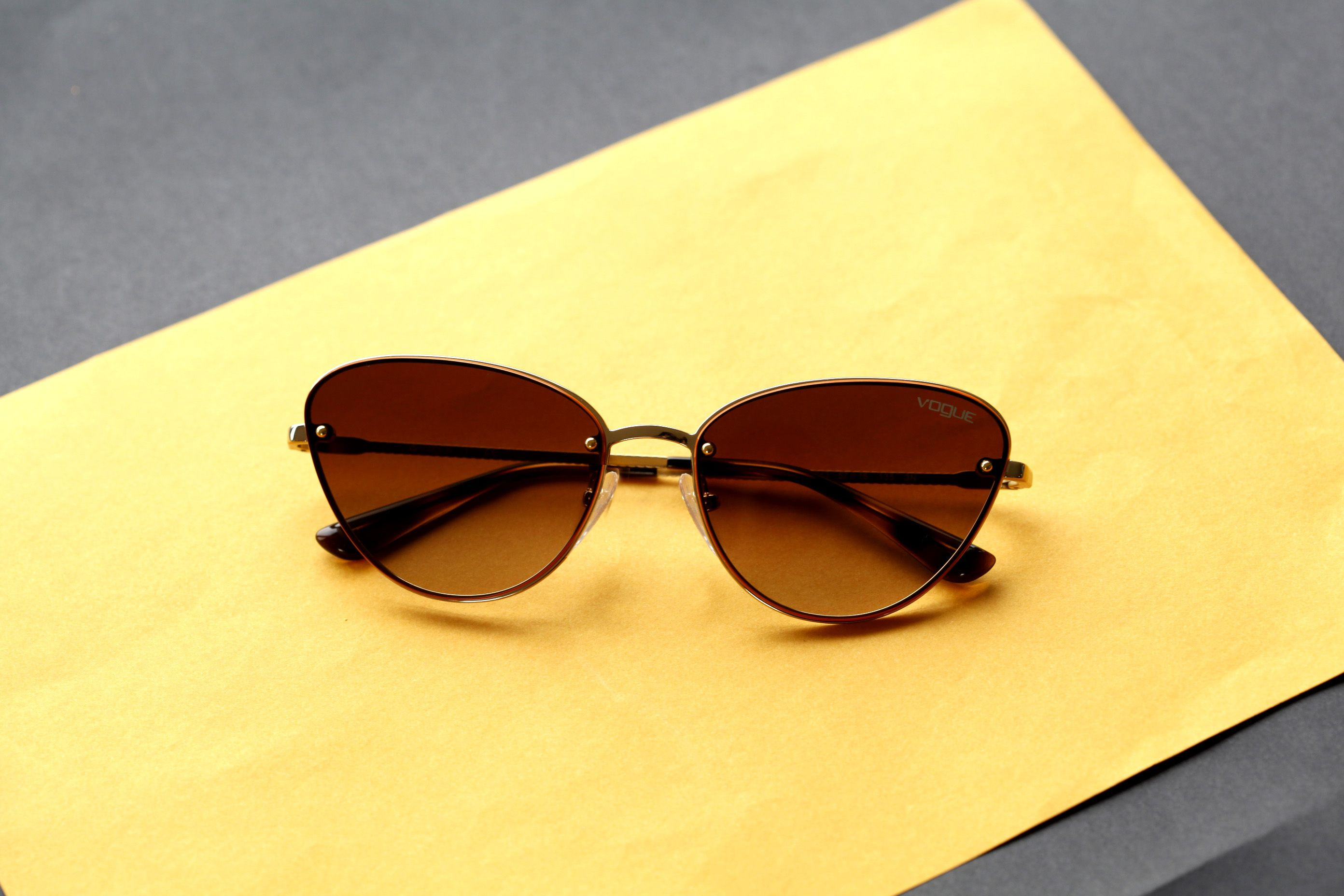 d12c02ec7b57c VOGUE VO 4111 S - ÓCULOS DE SOL  vogue  vogueyewear  oculosdesol   oculosfeminino
