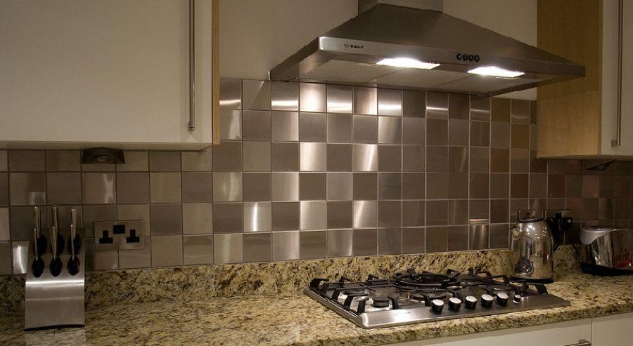 Why You Should Consider Using #Stainless #Steel #Tiles? stainless - küche fliesenspiegel verkleiden