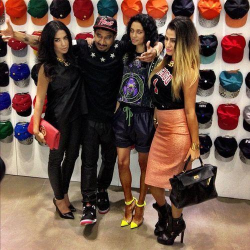 Celebrities wearing Air Jordan 4 Bred Sneakers – Streetwear x Street Style 24a6661acd82