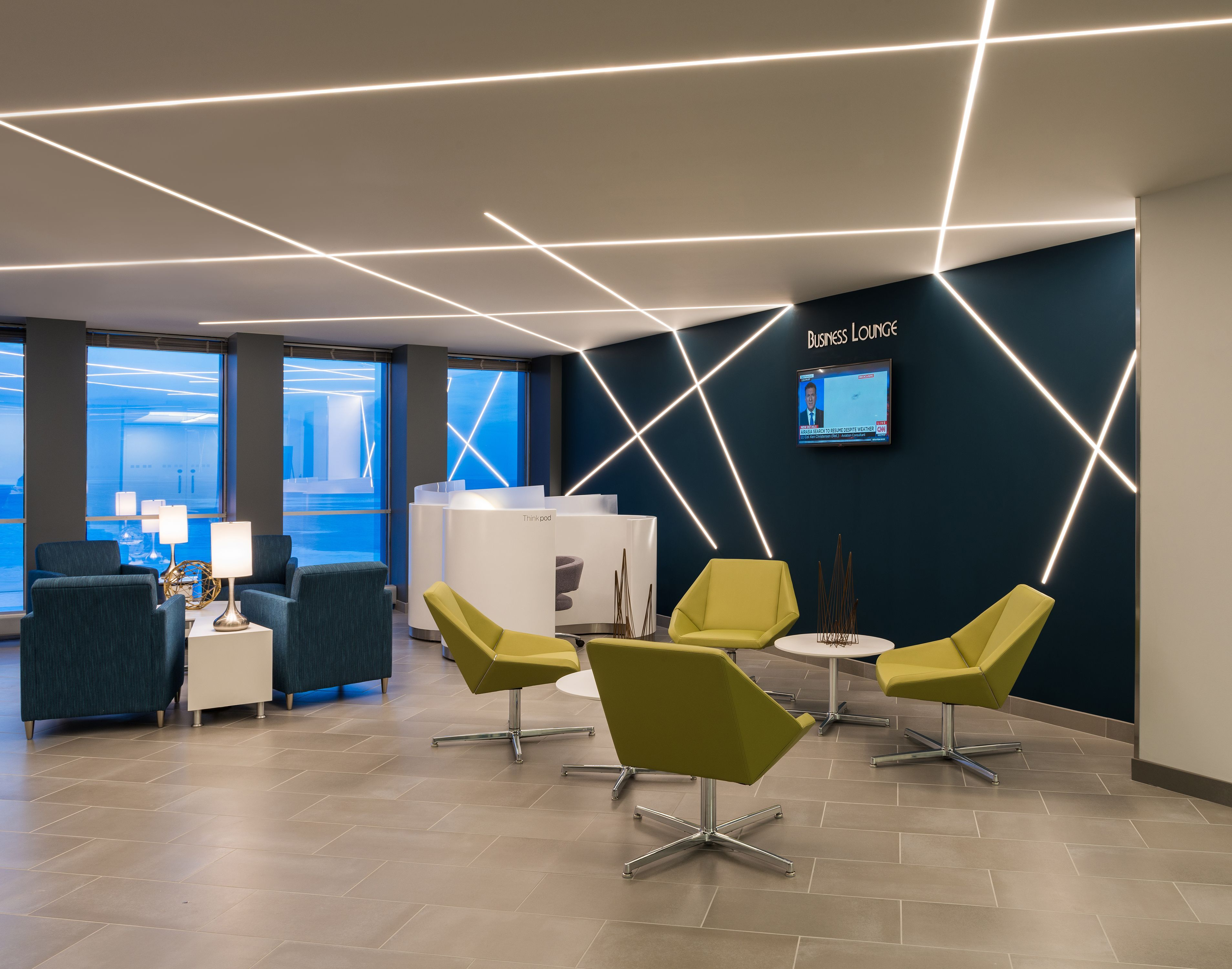 Office Design Train Your Brain With The Best Light You Can Get Office Lighting Design Office Interior Design Modern Office Lighting