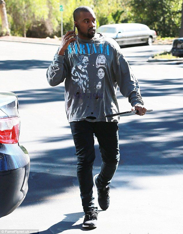 Kanye West Pays Tribute To Nirvana Wearing A Sweatshirt From The Band Kanye West Outfits Kanye West Style Outfits Kanye West Style