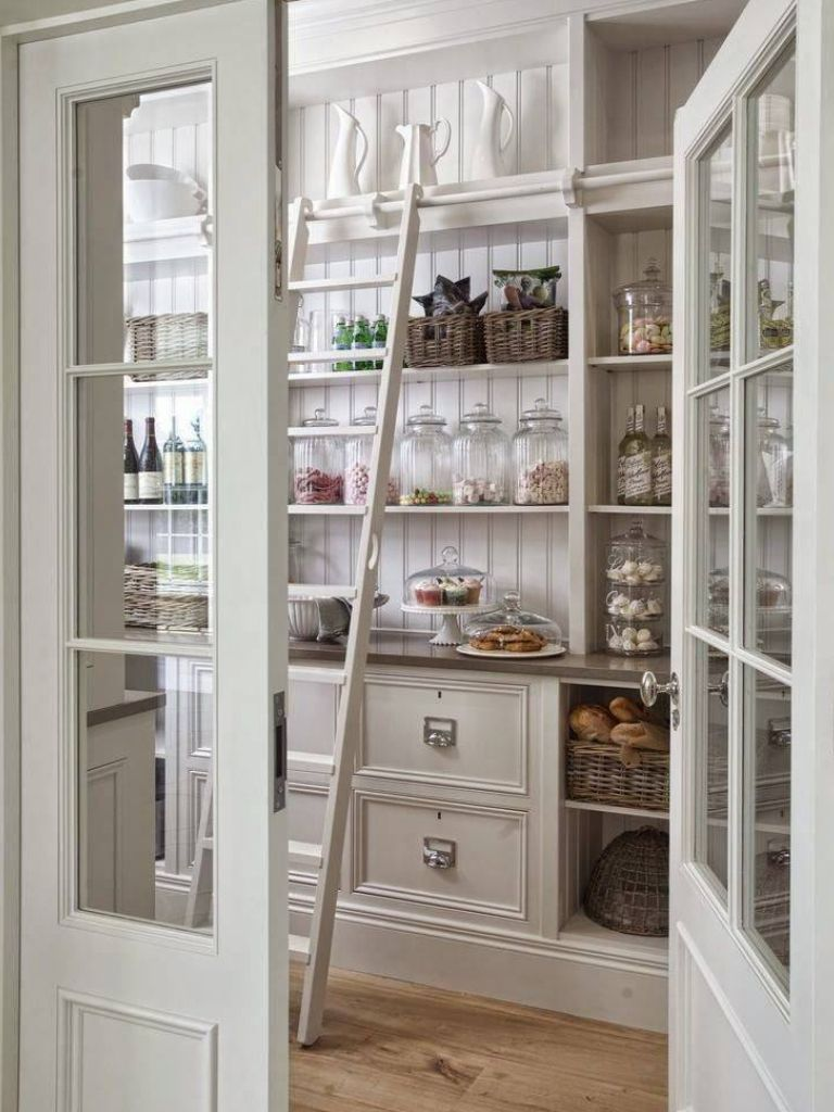 garde manger cuisine pinterest pantry kitchens and pantry ideas. Black Bedroom Furniture Sets. Home Design Ideas