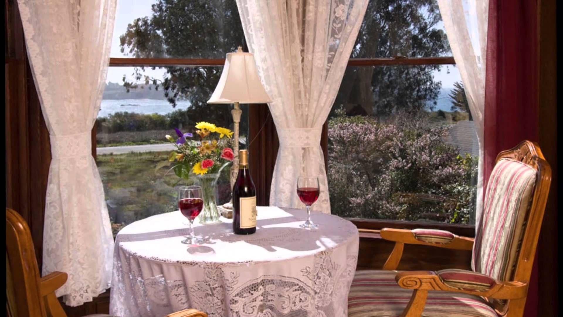 Mendocino CA Bed and Breakfast Inn, Headlands Inn Bed