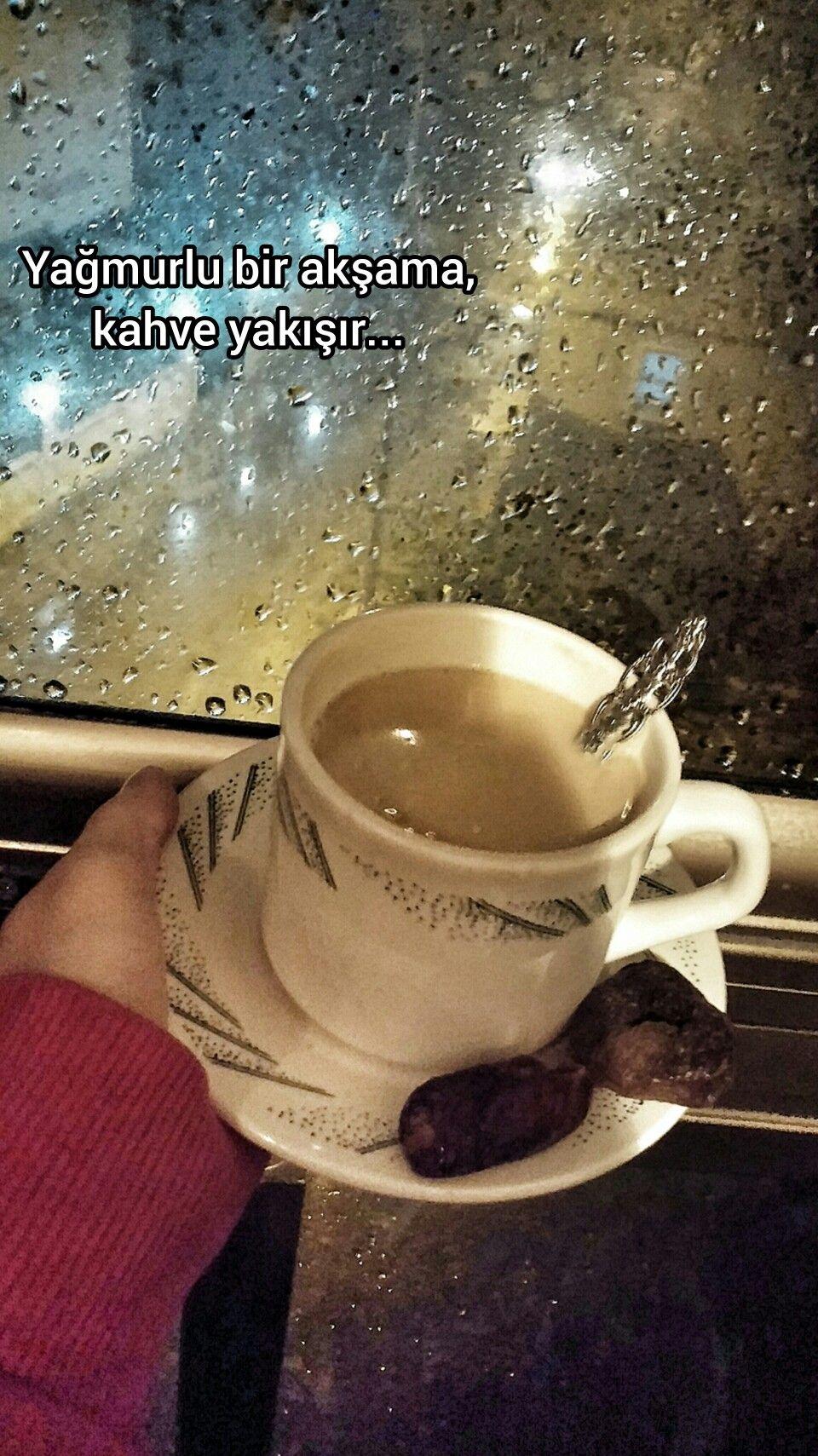 Kahve Saati Ve Yagmur Kahve Vine Yagmur