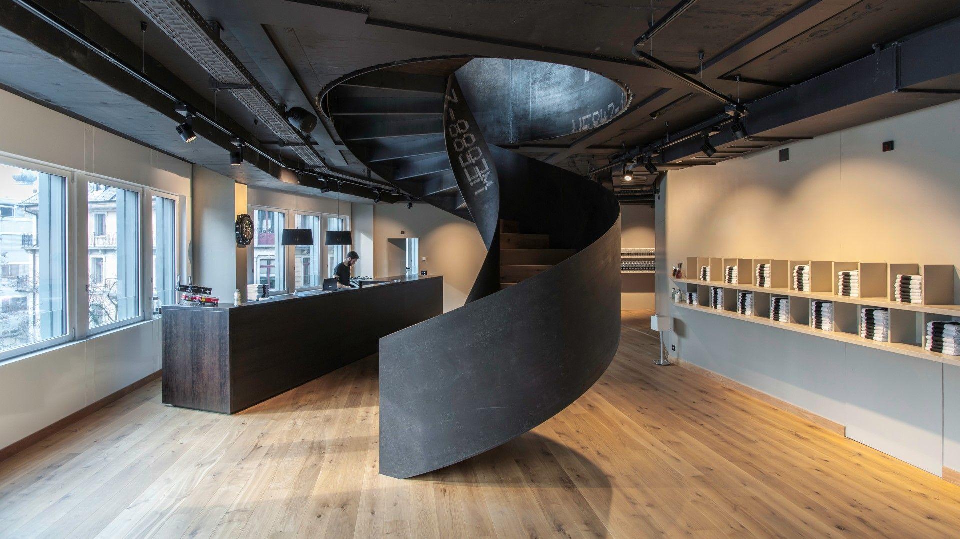 swissstairs wendeltreppe stahl roh ge lt stiegen pinterest stiegen treppe und architektur. Black Bedroom Furniture Sets. Home Design Ideas