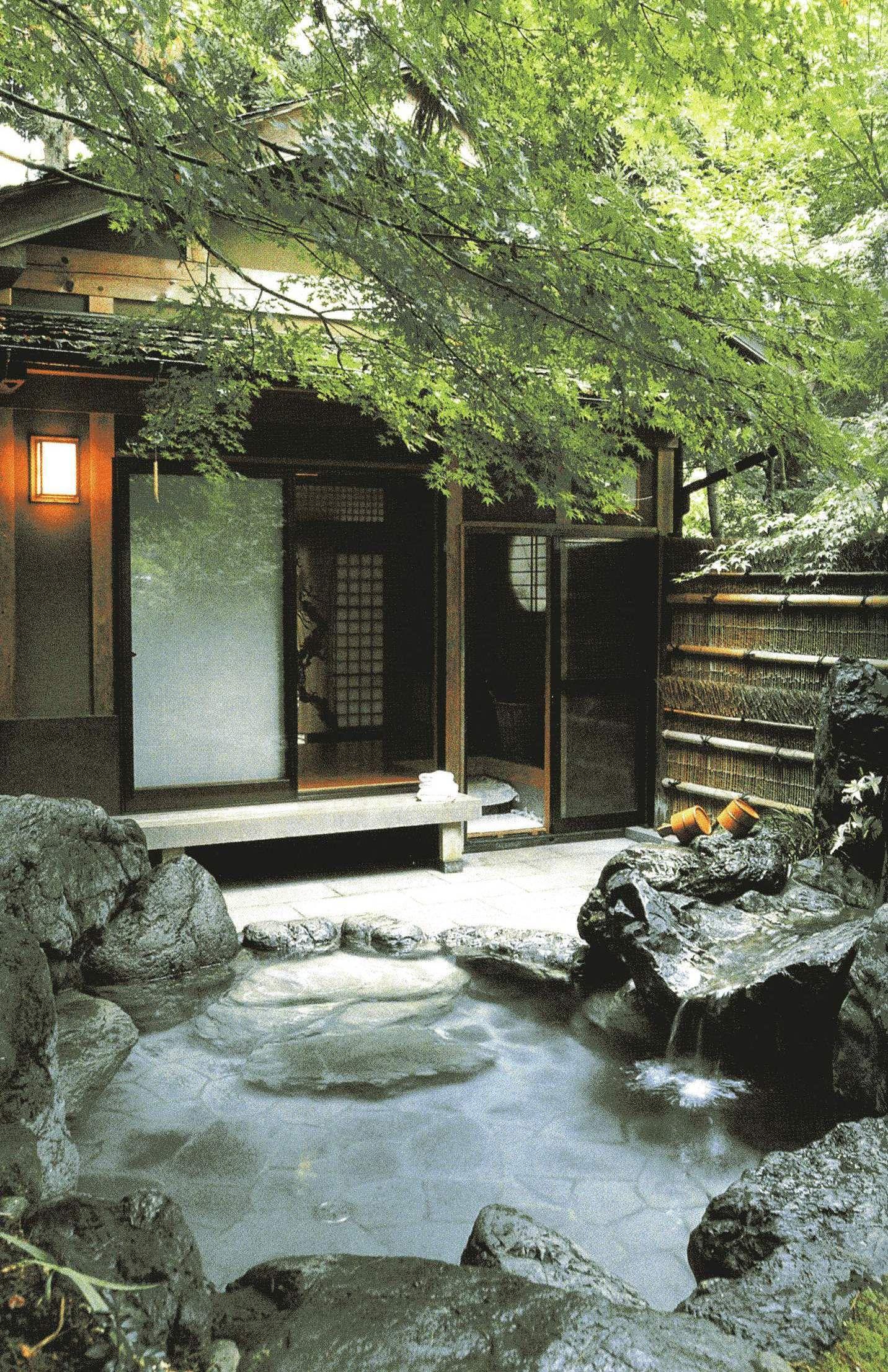 太陽熱利用の露天風呂作りました 夏でも冬でもok ただで自分の家で