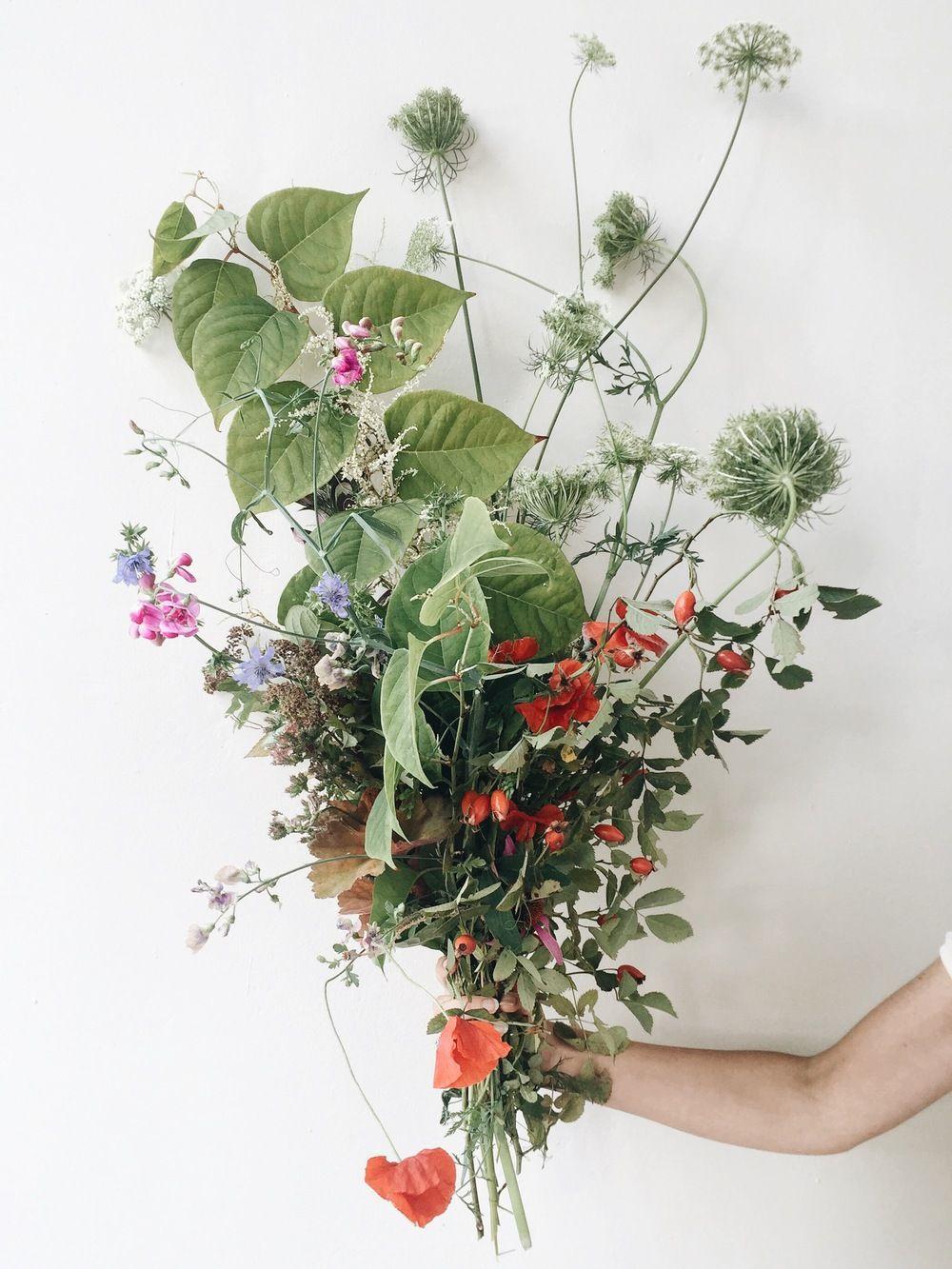 Amy Merrick L O V E L Y Blumen Blumenstrauss Blumen Wiese