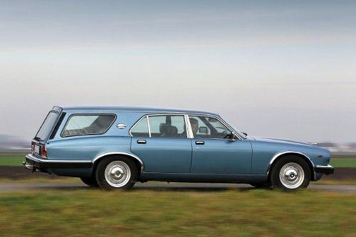 Deze Jaguar XJ12 Shooting Brake Avon Estate uit 1981 wordt te koop aangeboden in Duitsland. De rechts gestuurde Jaguar beschikt over de dikste motor die...