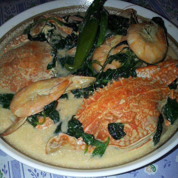 Ginataang Alimango At Hipon Chef Boy Logro Recipes Recipes Panlasang Pinoy Fish Recipe Squid Recipes