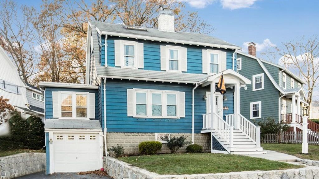 Open House Arlington Ma Colonial With Coffered Ceiling Coffered Ceiling House House Styles