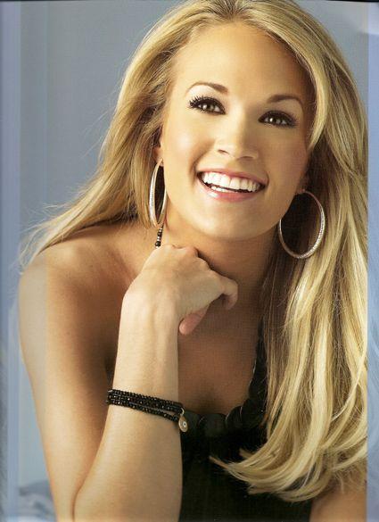 Carrie Underwood Carrieunderwood Carriescarebears P E O P L E