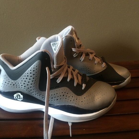best service 76a94 bff5f D Rose grey sprint web 773 Adidas NEW sz 7.5 Drose D Rose grey sprint web 773  Adidas NEW sz 7.5 Drose basketball shoes Adidas Shoes Athletic Shoes