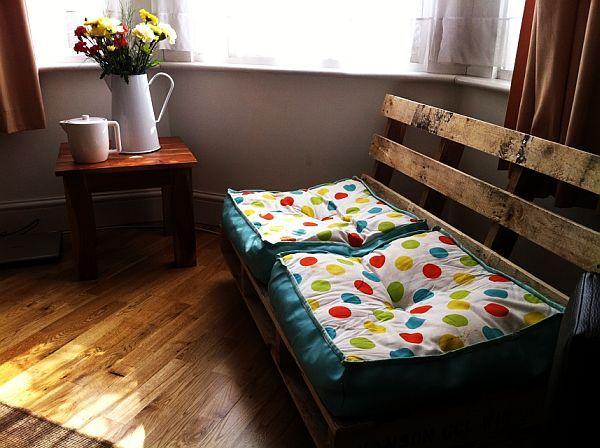 25 formas de reciclar una tarima de madera y convertirlas en muebles ...