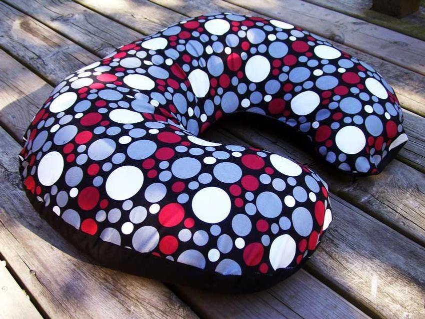 Nursing Pillow Sewing Pattern & Nursing Pillow Sewing Pattern | Nursing pillow Sew pattern and ... pillowsntoast.com