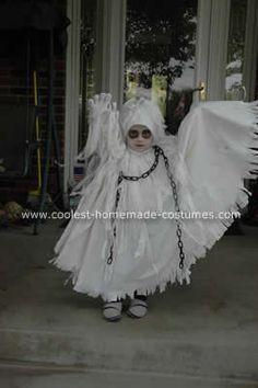 Coolest Homemade Spooky Ghost Halloween Costume #deguisementfantomeenfant Kenzie's costume (Spooky Ghost Halloween Costume) #deguisementfantomeenfant
